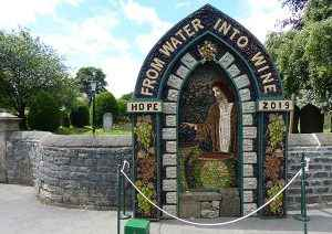 Hope Church Well Dressing
